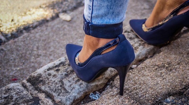 Boty ke kotníkovým kalhotám