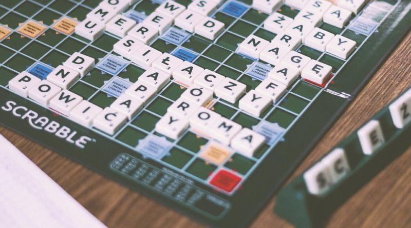 Rady a tipy, jak se zlepšit ve hře Scrabble