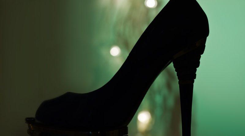 Frčí lodičky, které by ženám záviděla i samotná Carrie Bradshaw