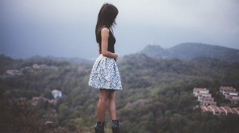 Podzimní trendy v podobě sukní. Jaké si letos koupit?